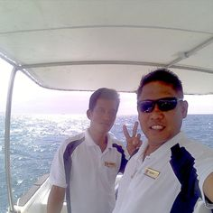 A selective list of the best dive sites and scuba diving places in Boracay, All the diving spots were selected by us and are the best diving sites in the area. Fun Travel, Great Team, Scuba Diving, This Is Us, Waiting, Boat, Friends, Life, Diving