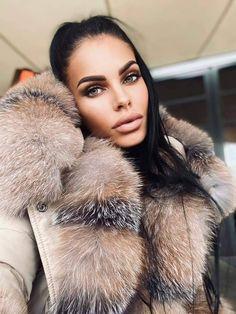 Fox Fur Coat, Fur Coats, Self Styled, Lady Luxury, Fur Fashion, Furs, Fur Trim, Parka, Collars