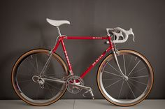 Reader's Rides: Guilherme's De Rosa SLX Professional Classic Road Bike, Classic Bikes, Velo Vintage, Vintage Bicycles, Fixed Bike, Fixed Gear, Bicycle Race, Cool Bike Accessories, Bike Reviews