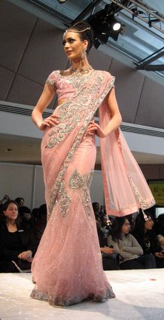 The Asian Wedding Editor's Guide: PINK PALETTES: Asiana Bridal Show 2010, London
