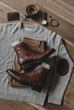 Men's Wingtip Boots - Men's style, accessories, mens fashion trends 2020 Stylish Mens Outfits, Casual Outfits, Men Casual, Casual Shoes For Men, Mens Wingtip Boots, Mode Outfits, Fall Outfits, Mode Masculine, Mens Boots Fashion