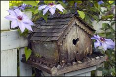 Rabbit Hill Primitives and Vintage: Happy Inspiration Friday Beautiful Birds, Beautiful Gardens, Bird Boxes, Fairy Houses, Little Houses, Bird Feathers, Outdoor Decor, Birdhouse Ideas, Tweet Tweet