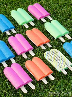 DIY popsicle postcards or pool party invitations. Pool Noodle Crafts, Pool Noodle Games, Popsicle Party, Popsicle Sticks, Pool Party Invitations, Invitation Cards, Birthday Invitations, Wedding Invitations, Fun Mail
