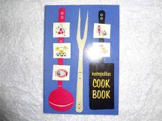 VINTAGE ANTIQUE 1957 METROPOLITAN COOK BOOK COOKBOOK MET LIFE UNIQUE RARE USA