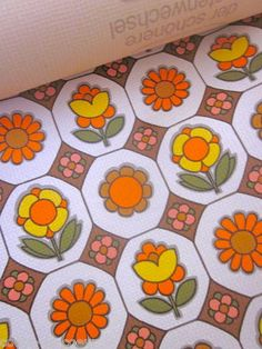 Vintage 1970s Wallpaper Orange Pop Flowers