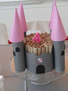 Princesses and Knights Birthday Party Ideas | Photo 6 of 15 | Catch My Party