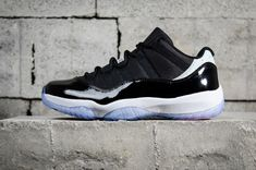 58c02b646e355e Cheapest and Newest Air Jordan 11 Retro Low Concord 528895 153 Mens  Basketball Shoes Black White