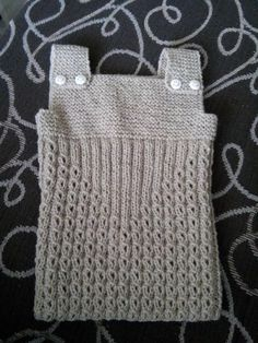 Knit from the bottom up, this Crochet Baby, Crochet Bikini, Knit Crochet, Knitted Baby Clothes, Baby Knitting Patterns, Baby Booties, Tricks, Baby Dress, Straw Bag