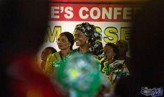 """تقارير صحافية تعلن أن غريس موغابي تحكم…: ذكرت صحيفة """"نيويورك تايمز"""" اﻷميركية أن السيدة الأولى في زيمبابوي لديها سلطة غير معلنة، رغم وضوح…"""