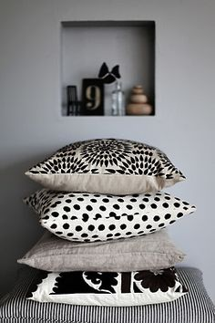 love these black & white large comfy pillows