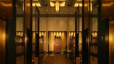 Located in central Hong Kong, Conrad Hong Kong is near the beach and within walking distance of Pacific Place and Hong Kong Park