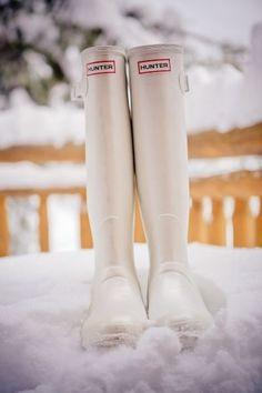 Perfect for a winter bride!! White Hunter Wellingtons #rockmywinterwedding @Derek Imai Smith My Wedding