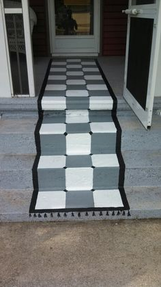 painted this rug on front porch and steps. Porch Flooring, Diy Flooring, Painted Rug, Painted Floors, House Painting, Floor Painting, Country Front Porches, Porch Ideas, Patio Ideas