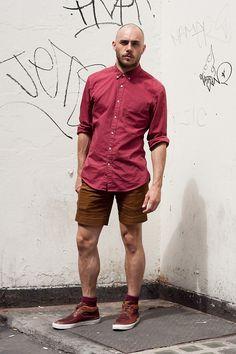 Bald Men Casual Look - Shorts Sneakers & Oxford Shirt