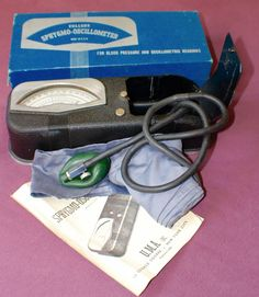 Vintage Collens Sphygmo-Oscillometer Original Box INSTRUCTIONS UMA Inc.