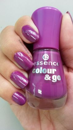 Aradia's blog: Essence Colour & Go - 132 Break Through: http://aradia13.blogspot.com/2014/07/essence-colour-go-132-break-through.html