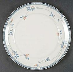 Noritake Keltcraft Ireland Eastfair Dinner Plates