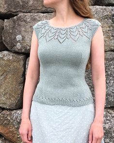 Ravelry: Krokus / Crocus pattern by Lene Tøsti Summer Knitting, Lace Knitting, Knitting Stitches, Knitting Designs, Knitting Patterns Free, Knit Patterns, Crochet Blouse, Knit Crochet, Embroidery Suits Punjabi