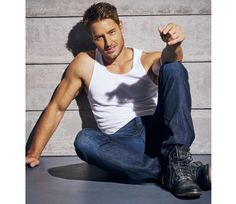 The 12 Fittest Guys of Fall TV: Justin Hartley - The 12 Fittest Guys of (New) Fall TV - Men's Fitness