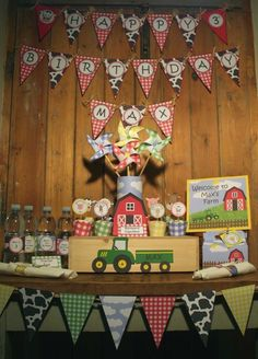 Image of Barnyard farm animals birthday party - printable diy barnyard farm birthday party decorations