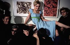 Andy Warhol & Lou Reed & Edie Sedgwick wearing the Gown by Designer Rudi Gernreich that she wore in Lupe & Gerard Malanga * Photo by Nat Finkelstein * 1965 Edie Sedgwick, Peacock Colors, Vogue Magazine, People Photography, Andy Warhol, Short Film, American Actress, The Dreamers, Superstar