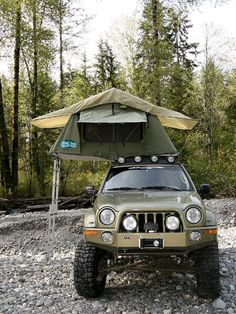 Jeep Liberty & Camping  Great setup... Wish mine was like it...