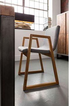 Kare Design Trapez Stuhl aus Eichenholz mit grauem Stoffbezug #Sessel #Wohnzimmer #Arbeitszimmer #Design #Möbel #Wohnen #Galaxus