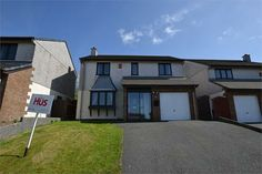 A detached 4 bedroom house in Carnon Downs, 3 miles from Truro