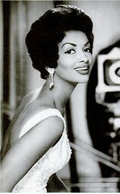 Helen Williams one of the most successful models of the 1950s and 1960s - Signed to Ophelia DeVore's modeling agency - Mother of Vanessa Williams