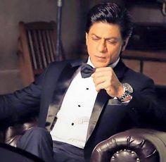 Dashing Shah Rukh Khan Breathtakingly handsome ❤️