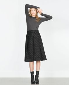 Image 1 of JACQUARD MID-LENGTH SKIRT from Zara