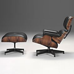 Google Image Result for http://www.polopuentearanda.com/wp-content/uploads/2011/04/wpid-eames-lounge-chiarand-ottoman.jpg