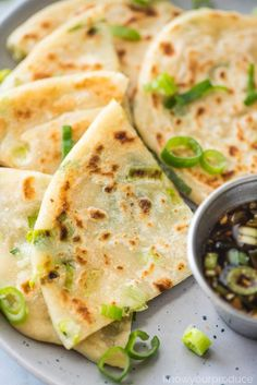 Scallion Pancakes are crispy on the outside, soft and chewy on the inside! They are also known as Cong You Bing and pair perfectly with our Chinese scallion pancake sauce. Chinese Pizza, Chinese Pancake, Chinese Garlic Sauce, Broccoli With Garlic Sauce, Scallion Pancakes Chinese, Dumpling Sauce, Pancakes Easy, Salad Dressing Recipes, Asian Recipes