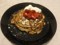Piimäpannarit (IHOP's Buttermilk Pancakes) Kotikokki.netin nimimerkki Mariah84:n kirjaamana