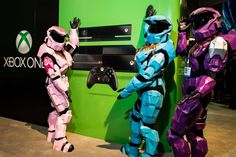 Halo Spartan girls. Comic Con 2013. XBox One. Master Chicks