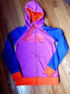 The North face women's Small, Full Zip hooded sweatshirt, Fast shipping #TheNorthFace #TrackJacket