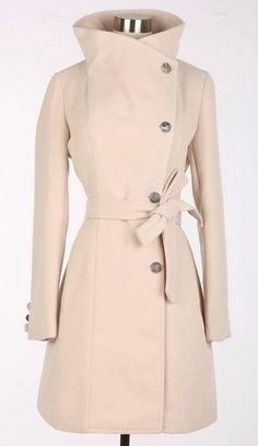 Beige woman coat