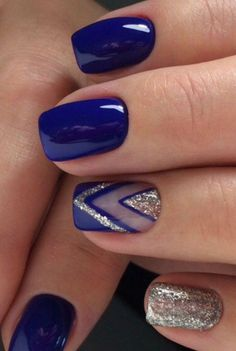 Glitter square nail art designs are very suitable for all seasons. The glitter on the nails attract everyone's attention. You can try to design it with glitter golden nails. Glitters can be used on one nail because it looks more fashionable. Blue Nail Designs, Acrylic Nail Designs, Acrylic Nails, Shellac Nail Designs, Latest Nail Designs, Cute Nail Art Designs, Different Nail Designs, Short Nail Designs, Toe Nail Art