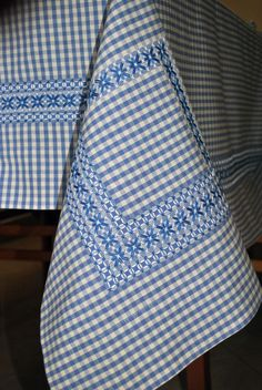 Blue gingham apron hand embroidered chicken scratch apron gift item vintage … Best Picture For Arts and Crafts box Hardanger Embroidery, Hand Embroidery Stitches, Embroidery Patterns, Cross Stitch Patterns, Chicken Scratch Patterns, Chicken Scratch Embroidery, Bordado Tipo Chicken Scratch, Swedish Weaving Patterns, Christmas Arts And Crafts