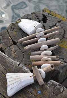 -Treibholzdekor Treibholzlampen Treibholzmobile Treibholzfische Fisch aus Driftwood decor Driftwood lamps Driftwood mobile Driftwood fish Fish out - Aquarium Driftwood, Driftwood Fish, Driftwood Mobile, Driftwood Lamp, Driftwood Projects, Diy Projects, Driftwood Ideas, Decorating With Driftwood, Driftwood For Sale