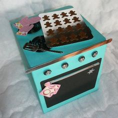 "cookie/ treat box in the shape of a retro oven using the cricut cartridge  ""from my kitchen"""
