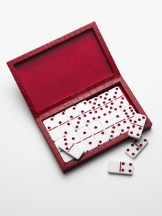 Oh, so festive. Gifts for the Hostess: Chico's Domino Set. #chicossweeps