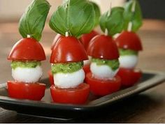 Jednohubky na párty z cherry paradajok a mozzarelly - | Uvarene.sk