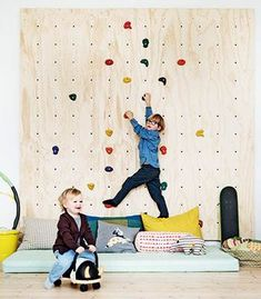 20 Totally Fresh Ideas For The Kids Playroom Spielzimmer Playroom Design, Kids Room Design, Kids Climbing, Playroom Organization, Playroom Ideas, Organization Ideas, Parents Room, Bohemian Bedroom Decor, Kids Wall Decor