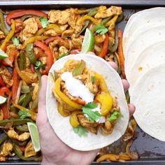 Easy Sheet Pan Steak Fajitas With Taco Bowls Recipe (With Video) | TipBuzz