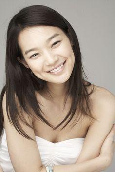 Korean Actresses - Shin Min Ah Beautiful Asian Women, Beautiful Smile, Korean Actresses, Korean Actors, Korean Beauty, Asian Beauty, Shin Min Ah, Korean Celebrities, Female Portrait