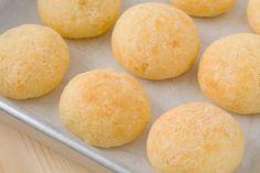 Passend zu den Olympischen Spielen in Brasilien stellen wir Ihnen die leckersten Rezepte vor, wie brasilianische Art des Käsebrötchens.