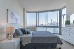 Zen Suites offers fully furnished apartments on rent in Jersey City, NJ. Hire the luxurious apartment buildings as per your needs. Book a Furnished Short Term Rental in Jersey City Easily Online Now!
