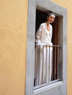 Envie de légèreté et d'élégance nonchalante... (ensemble Giada - photo Diletta Bonaiuti)