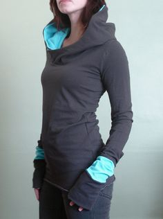 Extra long sleeved hooded top Cement Grey with Light Blue. Great for winter workouts!